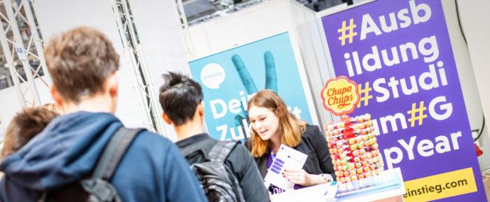 Berufswahlmessen spielen für viele Unternehmen eine tragende Rolle bei der Nachwuchsgewinnung. Foto: Einstieg GmbH
