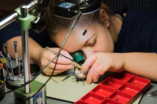Ausbildung zur Feinwerkmechanikerin