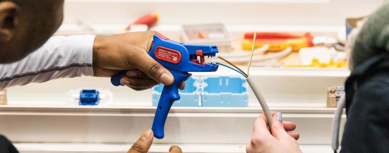 Ausbildung zur Elektrotechnikerin